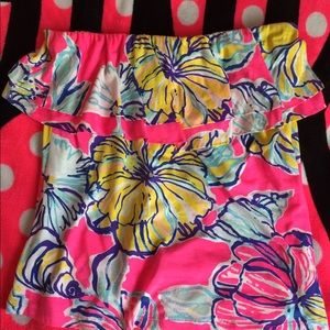 Gorgeous Lilly Pulitzer tropical strapless top!